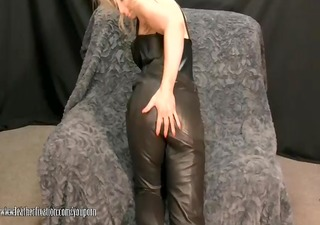 hot mother i takes off panties and plays with wet