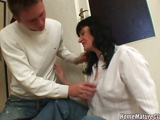 mom in trouble taken home and drilled by a
