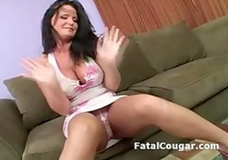 bigtits excited cougar masturbates as she
