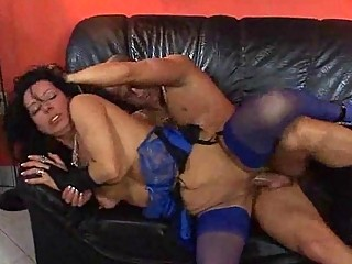 milf in blue stockings has trio hardcore sex on