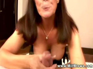 aged cougar housewife engulfing a schlong