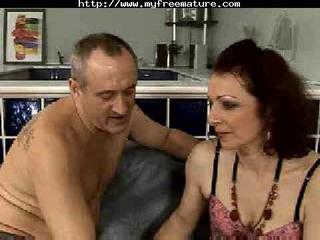 extreme bonne baise older analed