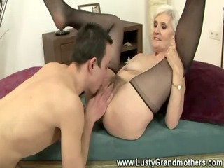 sexy hot granny orally spoiling man and receiving