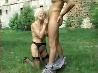 leona - granny german outdoor
