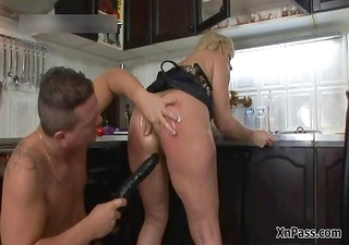 slutty golden-haired cougar acquires her