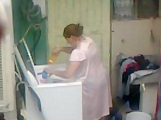 spying aunty booty washing ... large booty chubby