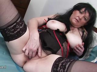 european mature floozy mom rub her old pussy