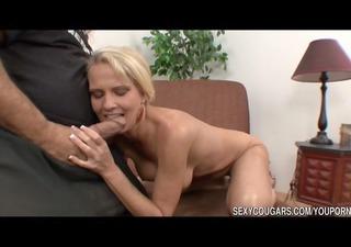 sexy cougar bangs men dick