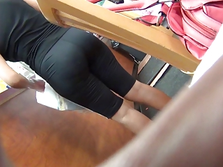 colombian mother i in spandex