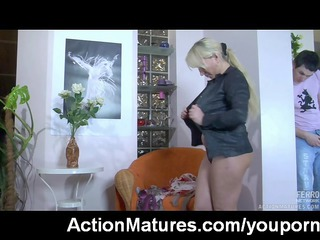 hot milf copulates and swallows
