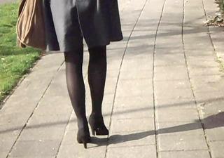office lady hawt legs walking